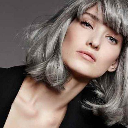 Capelli colorati grigi, l'alternativa glam ai capelli bianchi
