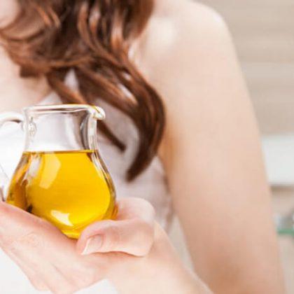 Olio per capelli: tutti i benefici di un alleato naturale