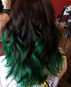 capelli bicolore punte verdi