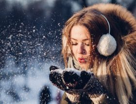 Proteggere i capelli con il termoprotettore