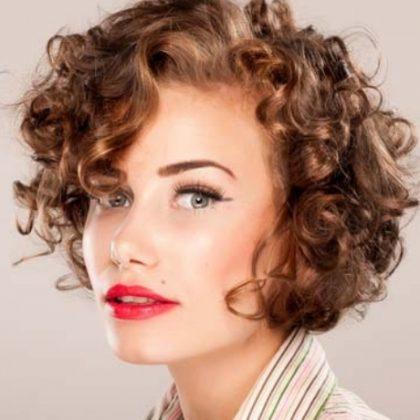 Ultimi tagli di capelli: nel 2019 va di moda il taglio donna corto